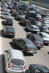 Очередной поход московских властей против столичных автомобилистов. Парковка в центре города может быть запрещена