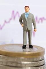 Через 1,5 года США еще себя покажут. Эксперты о будущем фондового рынка и глобальном кризисе