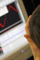 В разгар падения рынка РТС и ФСФР разрабатывают систему по торговле иностранными ценными бумагами