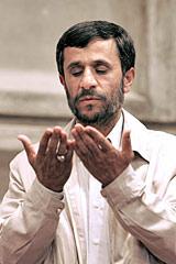 Хатами против Ахмадинежада. Иран вступает в кампанию по выборам президента страны