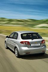 Назад в будущее. Уровень продаж автомобилей в РФ в 2009 году может откатиться до показателей двух-трехлетней давности
