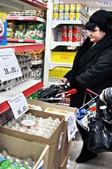 Эксперты потребительского рынка призывают россиян вести себя осмотрительнее в период кризиса